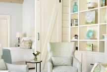 Planked walls / planked wall tutorials and inspiration | shiplap wall ideas | coastal decorating | farmhouse decorating | cottage decorating