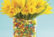 Think Spring / fresh flower arrangements. cut flower garden ideas