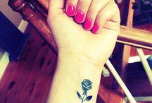 Tatu de flores