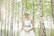 noni Brautkleider 2013 / Schlichte, einfach schöne Brautmode in moderner Länge und raffinierten Schnitten,