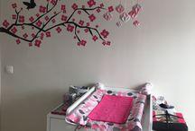 Chambre bébé fille / Gris fuchsia géométrique chevrons
