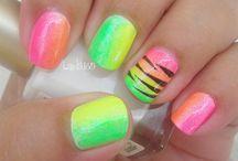 Nails  / Colour