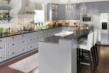 Kitchens / by Cie Herndon