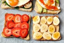 Clean Sandwich / Clean sandwich ideas perfect as a quick clean lunch.  Those clean eating sandwich recipes including clean tortillas, clean tacos and breadless sandwich.