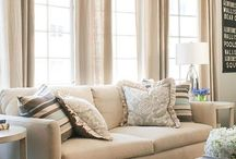 living room decor / by Lindsay Morabe