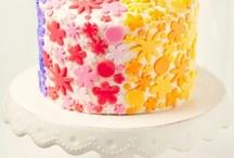 Tortas y cupcakes / by Agu. A