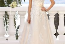 Ladybird 2019 Collection Wedding Dresses / A perfectly structured and contouring fit, from simple to extravagant design elements across a comprehensive range of designs – this is the new Ladybird collection 2019!