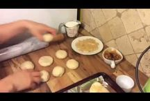 Masses : Pa, pizzes, empanades, xurros, donuts, brunyols ...