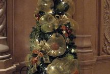 I Want a Hippopotamus for Christmas  / I love beautiful and simple ways to decorate the bed and breakfast at Christmas time. The majesty of well trimmed trees; cut boughs and garlands emphasizing natural beauty. Tasteful and elegant decorations bring me great joy as I walk about my home. / by GrandCanyon BedandBreakfast