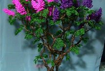 Beaded flowers and trees / by Elly Dansen-Claus