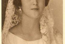 ΚΑΤΕΡΙΝΑ  διαμανταρα / ανθοπωλειο στολισμοι γαμου βαπτισης  αποστολη λουλουδιων