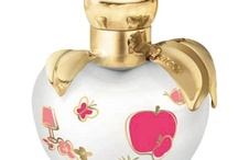 Parfumflesjes.