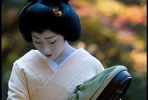 People who wear kimono