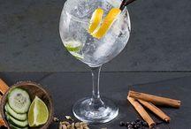 La copa perfecta / Compañia, bebida, una buena copa y un hielo perfecto. ¿Alguien da más? #copa #gintonic #vermut #hiloe #ice