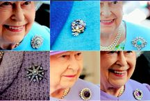 Brooch ~ Royal Queen ~*~