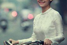 チャリン娘 girl with bike