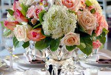 Flower arrangements / by Louise Hayes