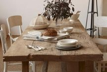 Rustic Farmhouse Style / Dinning rooms/tables which feature a rustic charm, vintage feeling and /or farmhouse style
