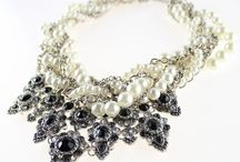 Chunky Pearl Necklace / All kinds of different chunky pearl necklace for women and girls.