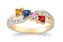 Mothers rings I want gold