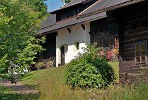 Naturel im Sommer / Hoteldorf SCHÖNLEITN und Hoteldorf SEELEITN am Faaker See in Kärnten. Hotelurlaub im Dorf mit viel Raum für atmosphärischen Urlaub im gemütlichen Appartement.