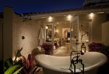 Bath under the Stars / The ultimate in relaxation. Bring the inside out! We love the idea of enjoying the night sky and sounds while relaxing in a bubble bath with a glass of bubbly! Here are some of our favourites...