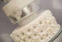White & Ivory Wedding Inspiration