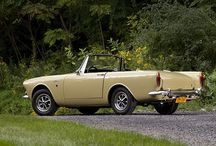 Sunbeam Alpine / A sporty two-seat open car from Rootes Group's Sunbeam car marque. The original was launched in 1953 as the first vehicle from Sunbeam-Talbot to bear the Sunbeam name alone since the 1935 takeover of Sunbeam and Talbot by the Rootes Group.