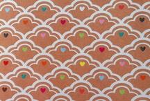 My own work / Ik hou van happy design. Dat is ook goed terug te zien in mijn werk: kleurrijk, vrolijk en met een glimlach. Daar krijg ik energie van!