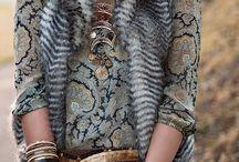 antika  tarzı  metal boncuk  kolyeler