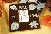 Fall Wedding Favors / http://www.wholesalefavors.com/c-FallThemeFavors.html