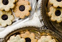 C is for Cookie / Cookies, cookies, cookies / by Susan Bronson