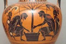 Rot- und schwarzfigurige Vasenmalerei / Antike griechische Vasenkunst