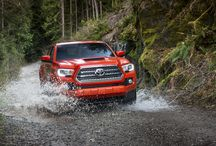 TOYOTA TACOMA / The Toyota Tacoma is a car that is much anticipated and considered very late to the redesigned finally revealed in the Detroit Auto Show 2015