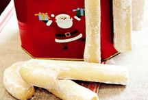 Hediyelik yeni yıl kurabiyeleri Hediyelik yeni yıl kurabiyeleri / Bu yıl sevdiklerinize el yapımı,göz nuru hediyeler vermek isterseniz bu koleksiyon tam size göre...