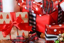 Pacchetti e biglietti Natale