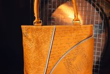 Leather handmade tote bag, pyrographied Mecanics №2 / A pleasant, mustard-coloured comfortable men's tote bag with a design from our Human Mechanics collection: an interesting combination of complex mechanics (cogs, gears, clockwork mechanisms) in a human head and Latin script with beautiful letters.