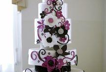 Cakes / by Kristin Nancy