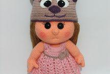 Puppen & Puppenkleider / Gehäkelte Puppen und passende Kleider dazu