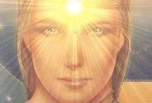 Connect with your Light Family / Activate your star roots with those Litios Light Crystals and Diamond and feel surrounded by your light family, you are coming home.