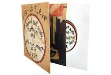 Opakowania na płyty winylowe / Oferujemy produkcję wysokiej jakości płyt winylowych oraz opakowań - Gatefold, Discobag, kopert papierowych, kopert plastikowych.