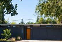 Mid-Century Modern Houses / by Janet Tait