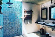 Banheiros semi-abertos