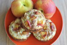 Healthy Deliciousness Breakfast & Desserts / by Tara Starner