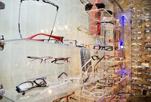 Optyk / Gabinet optyczny. Okulary, oprawki, soczewki kontaktowe