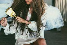 Hair / Styles & colours