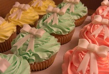 Cupcakes / by Kathleen Lunger