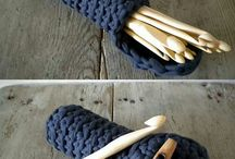 knitting accessories / by Rosa Andriopoulou