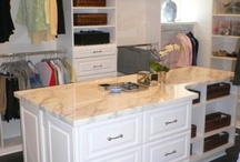 Dreamy closets / clothes, shelves, shoes, bags, organizing, storage, mirror, dressing table
