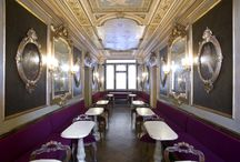 Sala degli Uomini Illustri - The Room of Illustrious Men | Caffè Florian Venezia / The Room of Illoustrious Men is a beautiful room in the Caffè Florian, decorated by the venecian painter Giulio Carlini (1826-1887). The painter potrayed in this room Palladio, Paolo Sarpi, Benedetto Marcello, Carlo Goldoni, Marco Polo, Titian and other venecian celebrities. In 2012 the Room has been reopened after a restoration process.